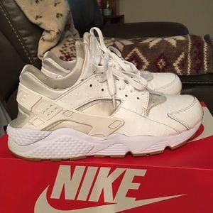 huge discount 157c1 c546b Nike Shoes - Nike Air Huarache Run PA Ostrich size 10